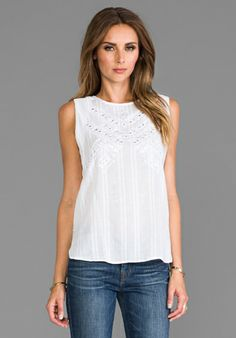blusa blanca sin mangasTwelfth Street By Cynthia Vincent Embroidered Mirror Tank in White