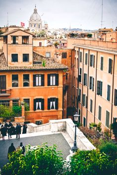The view from the top of the Spanish Steps (Piazza di Spagna), Roma