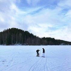 Na, was schätzt ihr, wie dick das Eis des zugefrorenen Flusses Umeälven letzte Woche ungefähr war? 🤔
