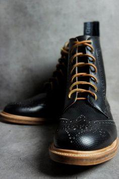 Boot/ brogue/ men's shoe/ winter style/ perfect winter shoe/