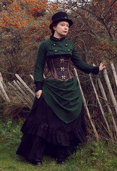 steampunkonda: Green steampunk - Bustle skirt and bolero by sombrefeline