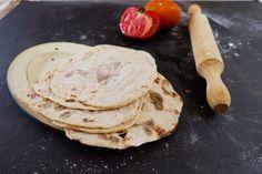 Receta de Pan para Fajitas o Burritos [Sólo 2 ingredientes] | Jorge Saludable Burritos, Healthy Cooking, Camembert Cheese, Gluten Free, Keto, Breakfast, Food, Flaxseed Muffins, 2 Ingredients