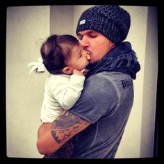 Cus guy's with tattoos and babies are adorable ;)