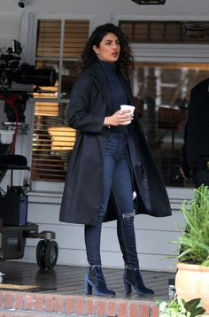 """Priyanka Chopra - Pictured having a fun day filming scenes at the """"Quantico"""" set in Ditmas Avenue in Brooklyn, NY - February 22, 2018"""