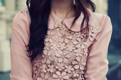 Peachy lace blouse and peter pan collar Modest Fashion, Fashion Outfits, Womens Fashion, Style Fashion, Pretty Outfits, Cute Outfits, Passion For Fashion, Dress To Impress, Autumn Winter Fashion