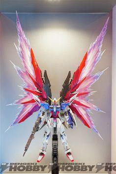 GUNDAM GUY: METAL BUILD Destiny Gundam Beam Wing - On Display @ TAMASHII NATION 2014 (Akihabara) [Updated 11/5/14]
