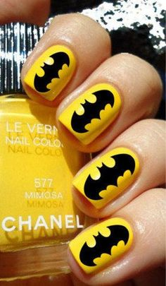 15 Great Batman Nail Art Designs for Kids Yasss! Another design if you go to watch the best movie, BATMAN Vs SUPERMAN.s you can do these nails if your at home and not watching the movie 😉 Fancy Nails, Love Nails, Diy Nails, How To Do Nails, Pretty Nails, Batman Nail Art, Superhero Nails, Nail Art Designs, Batman Nail Designs