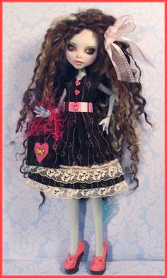 https://flic.kr/p/jBnDUX   Lagoona Jenny P3   Monster High Custom Dolls- repaints, faceups, full OOAK Monster High dolls by Donna Anne.  Visit my eBay page: Fantasy-Dolls-by-Donna-Anne Website: www.fantasydollsbyd.com  Monster High Makeovers TUTORIAL CD Now available! Website, or eBay  COMMISSIONS WELCOME!Please inquire.