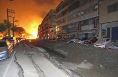 Akte Astrosuppe - glasklar!: MERKUR Quadrat MARS: ♦ Eurocity entgleist bei MANNHEIM: Viele Verletzte/ ♦ Gas-Explosion in Taiwan: 24 Tote, hunderte Verletzte (Berliner Kurier)