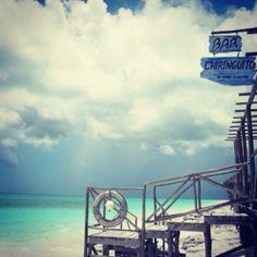 Chiringuito en Playa Sirena, Cuba