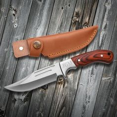 Engraved pocket knife with leather storage sheath for groomsmen gifts Fixed Blade Hunting Knives, Buck Knives, Fixed Blade Knife, Personalized Pocket Knives, Personalized Valentine's Day Gifts, Gifts For Hunters, Knives And Swords, Knife Making, Groomsman Gifts