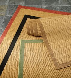 Indoor/Outdoor Stain-Resistant Textured Lanai Rug with Solid Color Border