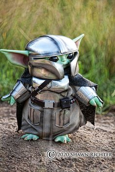 Yoda Pictures, Yoda Images, Images Star Wars, Star Wars Pictures, Baby Animals, Cute Animals, Cuadros Star Wars, Yoda Funny, Star Wars Jokes