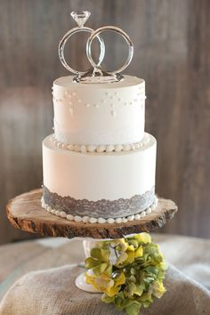 Pretty Wedding Cakes, Country Wedding Cakes, Creative Wedding Cakes, Pretty Cakes, Creative Cakes, Beautiful Cakes, Rustic Wedding, Cake Wedding, Elegant Wedding