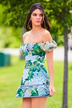 Evaluate the Kendall Jenner trend record, one of the best looks damaged by on trend Kendall. Look Fashion, Fashion Models, High Fashion, Latest Fashion, Kendall Jenner Outfits, Kendall And Kylie Jenner, Kendall Jenner Makeup, Kendall Jenner Wallpaper, Kendall Jenner Modeling