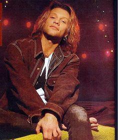 Jon Bon Jovi - mid-'90's, barefoot, wearing brown denim outfit. Ooohlala! <3