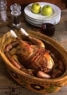Laissez le faisan se faire 3 jours dans sa plume, pendu par la tête, au frais, dans un endro... Game Birds, Pigeon, Bon Appetit, Poultry, Lamb, Good Food, Turkey, Food And Drink, Pastel