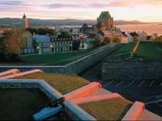 La Citadelle et le Château Frontenac | Crédit :  Office du tourisme de Québec / Luc-Antoine Couturier