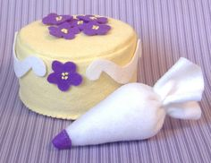 @ Sara Lloyd: I thought of Lilly when I saw this. Little Cake Decorator Felt Food PDF Pattern