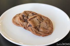 Nutella Cookies + an epic GIVEAWAY! {#cookieweek} www.totalnoms.com
