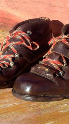 Classic Ski Boots - Vintage Leather