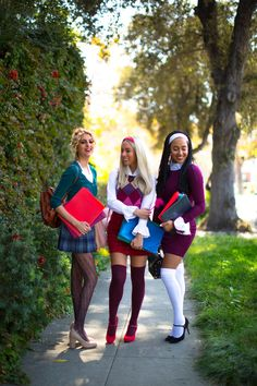 Clueless Group Costume #clueless #cher #dionne #groupcostumeidea #asif #cluelesscostume #halloweencostumeidea #halloweengroupcostume #aliciasilverstonecher