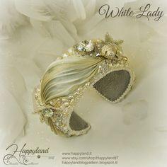 Le gioie di Happyland: White Lady
