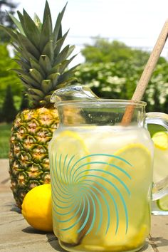 Summery Pitcher Cocktail Recipe: Peruvian Pisco Punch 10-Minute Happy Hour