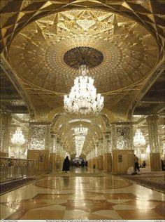 Sala #Dar #al-#Huyyah (Casa de la Prueba de Dios) - Santuario del #Imam #Rida (P) - 79   #IslamOriente  Amplia resolución en:http://ift.tt/1N8pVRl