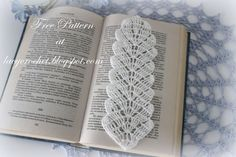 Lacy Crochet: Crochet Leaf Bookmark, Free Pattern I could see this used as trim (it's too pretty to be hidden in a book) Also if done with fingerling or lace yarn, would make a beautiful spring scarf.