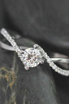Simple Engagement Rings For Girls - Unique Wedding Traditions Around The World You Never Heard,Silicone Wedding Rings For Men,Tear Drop Wedding Rings,Tiffanys Jewelry, Wedding Rings, Fashion Trends wedding, Simple Engagement Rings For Girls,Modern Rose Gold Wedding Rings Cocktail Napkin