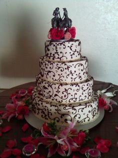 Black & White Swirls Wedding Cake with Pink Flowers