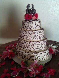 Black & White Swirls Wedding Cake with Pink Flowers