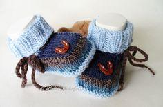Strick- & Häkelschuhe - Babyschuhe Babystiefel Hufeisen - ein Designerstück von strickliene bei DaWanda