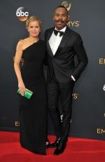 Kim Dickens attends the 68th Annual Emmy Awards in LA http://celebs-life.com/kim-dickens-attends-68th-annual-emmy-awards-la/  #kimdickens