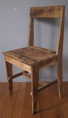 Chair06.jpg 930×1,600 pixels