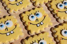 Who lives in a pineapple under the sea? Cupcake Cookies, Cookie Frosting, Royal Icing Cookies, Cute Cookies, Sugar Cookies, Cookie Crush, Sponge Bob Cupcakes, Comic, Cookie Designs