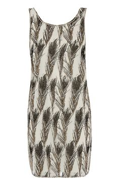 This sleeveless party dress features a scoop neckline, all-over feather print with delicate hand embellishment Fashion Now, Latest Fashion Clothes, What To Wear Today, How To Wear, Feather Dress, Going Out Dresses, Embellished Dress, New Outfits, Dresses Online