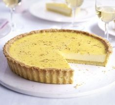 With buttery pastry and a creamy filling, it's no wonder this dish has become a classic, from BBC Good Food magazine. Sweet Pie, Sweet Tarts, Tart Recipes, Dessert Recipes, Dessert Tarts, Custard Recipes, Dessert Dishes, Pudding Recipes, Delicious Desserts
