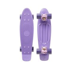 Penny Skateboards are built with the highest quality raw materials and fanatical attention to detail. Board Skateboard, Penny Skateboard, Skateboard Design, Skateboard Girl, Pastel Penny Board, Best Friends Aesthetic, Skate Girl, Cool Skateboards, Hype Shoes