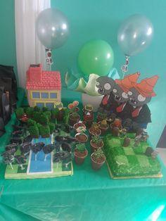 Cumple de 5 temática Plantas Vs zombies  #plantasvszombies Zombies, Birthday Cake, Desserts, Meet, Plants, Tailgate Desserts, Deserts, Birthday Cakes, Postres