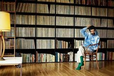 Appearing in a Mr Porter photo shoot, Devendra Banhart rocks a Beams tie-dye hoodie, By Walid trousers, and The Workers Club socks. Modern Bohemian, Bohemian Style, Victor Vasarely, The Fashionisto, Mr Porter, Record Collection, Designer Clothes For Men, American Singers, Devendra Banhart