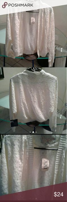 FOREVER 21 LACE CARDIGAN Long sleeve, flower design, lace cardigan with open front very comfy Forever 21 Sweaters Cardigans