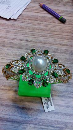 18kt Diamond studded Braclet