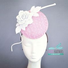 Three Feathers Couture @threefeatherscouture Pink and white crosshatch straw disc, with a handmade white leather bloom and braided tendril. Dec 2015. #pink #white #leather #leatherflower #millinery#racewear #racingfashion #couturemillinery #coutureracewear #threefeatherscouture