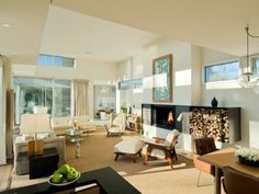 Family Room Design at Contemporary Fieldview House Design in East Hampton by Blaze Makoid Architecture