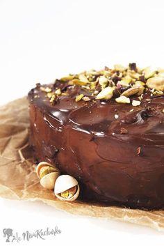 Bezlepková čokoládová torta Sweet Desserts, Sweet Recipes, New Recipes, Images Of Chocolate, Cheesecakes, Oreo, Ham, Panna Cotta, Food And Drink