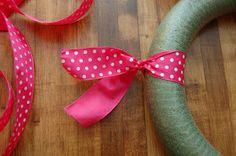 Maddyson's Lane: Ribbon Wreath~DIY