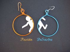 I don't really wear earring but these are pretty cool. Portal Earrings Glados Valve geek Aperture by PasiondeSastre, €7.00