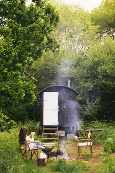 Back to Wriggly Tin - The Londoner Outdoor Spaces, Outdoor Living, Shepherds Hut, She Sheds, Small Places, Cabins In The Woods, Tiny House, Beautiful Places, Backyard